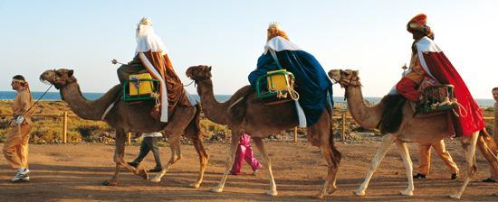 Die heiligen drei Könige auf ihren Kamelen